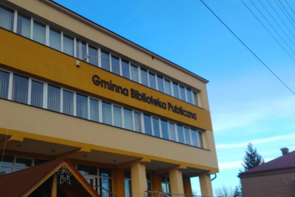 Litery 3D - Biblioteka Wiśniowa