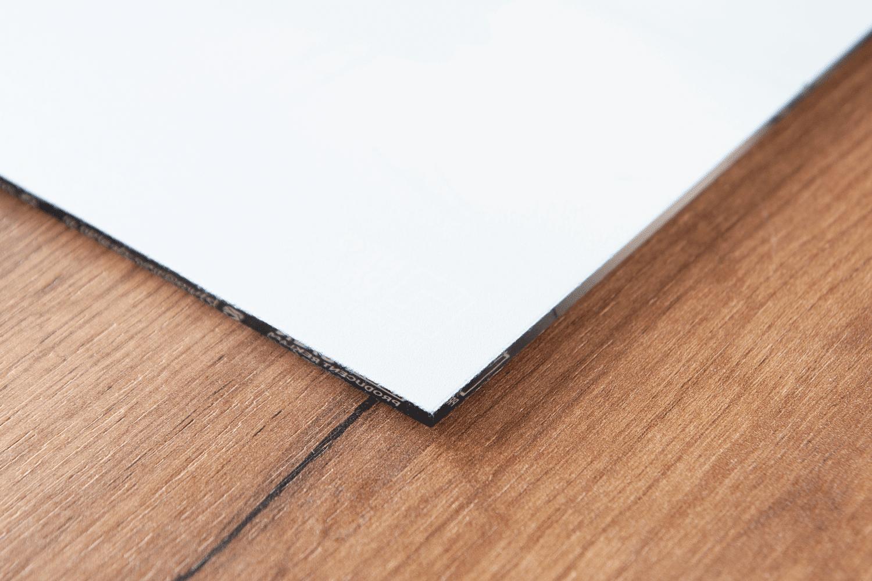 Druk UV umożliwia nam druk białym atramentem!